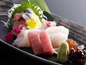 サン浦島悠季の里:とれたて新鮮♪地魚の造り盛り合わせ