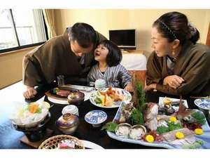 小豆島 シーサイドホテル 松風:◆食事風景◆「ねぇパパ」「ん?」「おいしい~♪」