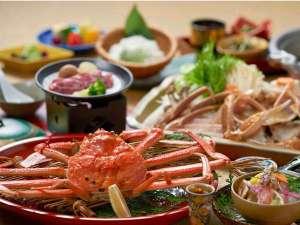 湯喜望 白扇:タグ付き生松葉蟹1人1枚利用 茹で蟹、かにすき鍋をシェア&鳥取和牛付のよくばり会席