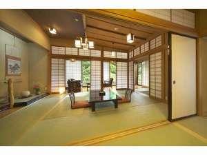 真木温泉旅館:木のぬくもりを感じる客室は格調高い数寄屋造り(本館特別室)