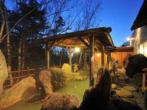 大雪山白金観光ホテル:野趣溢れる露天風呂