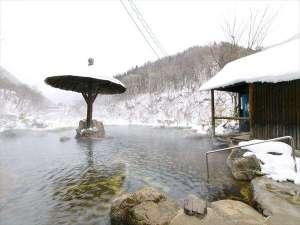 奥飛騨温泉 穂高荘 山のホテル:【冬】混浴露天