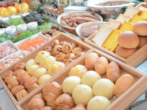 おいしい朝ごはんで一日をスタート♪レストラン「カサブランカ」洋食バイキング