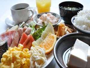 アパホテル<大垣駅前>:■朝食バイキング■当館2階「京都銀ゆば」一日の始まりは朝食から♪