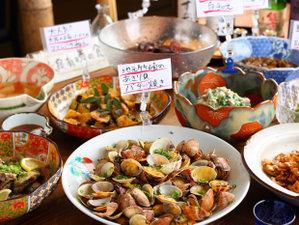 蟹のお宿 温泉旅館 鶴荘:春夏秋冬様々な素材が入る佐賀県だからこそできる前菜ビュッフェ