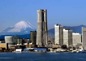 横浜ロイヤルパークホテル :横浜みなとみらいの風景。一番背の高いビルに横浜ロイヤルパークホテルはございます