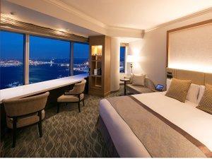 横浜ロイヤルパークホテル :スカイリゾート アトリエ コーナーダブル ベイブリッジビュー(イメージ)