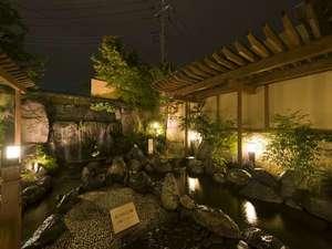 湯けむり富士の宿 大池ホテル:庭園露天風呂