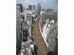 タワー館より望む東京駅方向(景色はお部屋により異なります)
