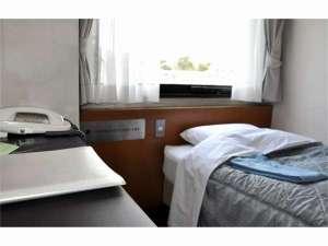 高知共済会館 COMMUNITY SQUARE:シングルルーム (11.5平米) シモンズベッド・加湿空気清浄機・地デジ対応液晶TV・ウォシュレット
