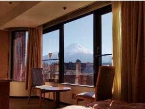 四季の宿 富士山:お部屋からの富士山