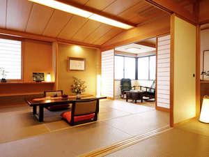"""飛騨高山随一の眺望と5つの貸切風呂の湯宿 高山観光ホテル:【別館角部屋】""""二間続きの""""広々とした角部屋♪気兼ねなくお寛ぎいただけます"""