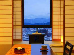 飛騨高山随一の眺望と5つの貸切風呂の湯宿 高山観光ホテル:【別館 和室】高山の街を望む「絶景」をどうぞ☆