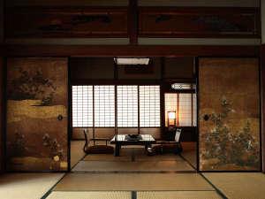 琴平花壇:【離れ・長生殿】古き良き日本建築を今に残す本格的な数奇屋造り