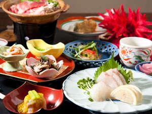 むつみの宿 旅館 和多屋:地元で獲れた食材を中心に全て板長の手作りで仕上げます