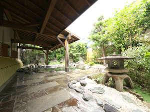 【庭園大野天風呂】庭園風呂入口です。広々とした庭園が目に優しく、胸を高鳴らせます!