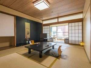 【和室12畳+広縁】客室一例。広縁付きの広々12畳のお部屋で、ごゆっくりお寛ぎください!