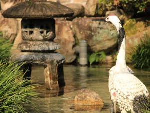 鶴の恩返しよみがえりの宿鶴霊泉