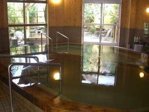 京町観光ホテル:新装 女湯大浴場。熱めの湯ぬるめの湯いい感じです。露天風呂も出来ました。男湯内湯露天風呂も有り。