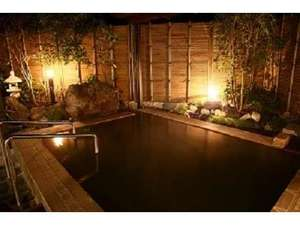 京町観光ホテル:男露天風呂 夜