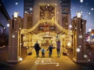The Park Front Hotel at Universal Studios Japan(R):開業1周年!スパイラルリボンのイルミネーションが豪華にエントランスを彩ります♪