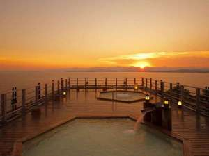 露天風呂からの浜名湖の夕景♪