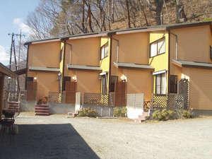 *【E・Fタイプコテージ外観】戸建コテージそれぞれに特徴のある造りです。