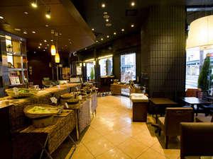 ホテルヒラリーズ:1F朝食会場「Anna Colors COFFEE」7:00~9:00 LO 8:45