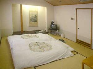 高田ターミナルホテル:ゆったり寛げる和の空間