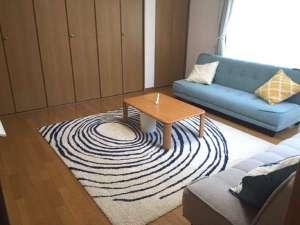 AS ONE Style in 湘南:リビングルーム ソファーベッド2台と布団(東洋紡ブレスエアー)1セット