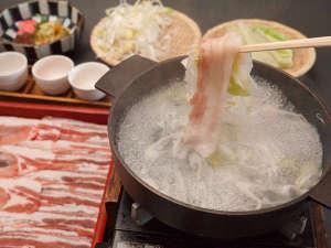 ホテルフォルクローロ花巻東和<JR東日本ホテルズ>:花巻産白金豚のしゃぶしゃぶ