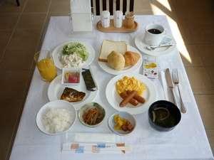 ホテルクニミ鴨宮:朝食バイキング
