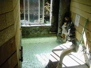 四万温泉 つばたや旅館:小浴場