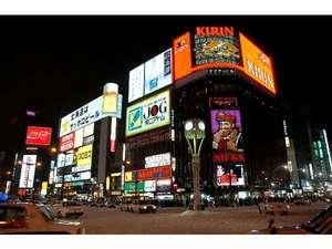ホテル新東(札幌):すすきの交差点