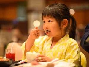 仙台・作並温泉 鷹泉閣岩松旅館:ブッフェなので、小さなお子様と一緒でも安心♪