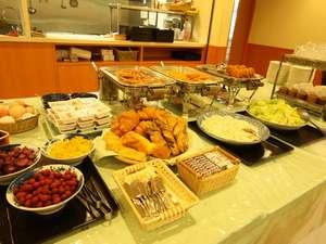 ヒールイン四日市:朝食は和食、洋バイキング形式豊富な品ぞろえでお待ちしております。