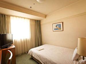 ホテルテトラ大津.京都:シングル1は、16.7㎡とゆったりなお部屋♪バスルームも足が延ばせゆったりできます。