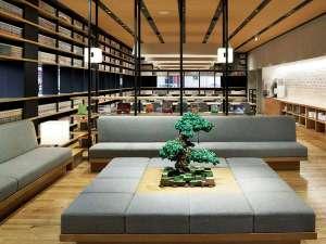 ハタゴイン関西空港(2018年3月1日OPEN):【ライブラリー&ラウンジ】