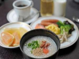 スマイルホテル沖縄那覇:からだにやさしい朝食【朝AM7:00~AM9:30】