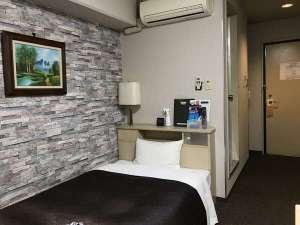 ホテルクリスタル広島:シングルルームになります。出張等にご利用下さい。