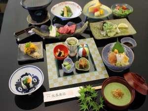 健康美食と炭酸・美肌の湯 御宿 友喜美荘:春のお献立