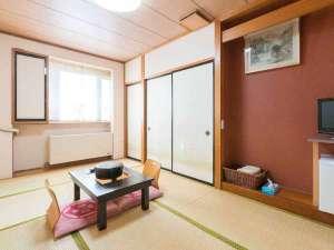 旅館 山月:*【和室/7.5畳】最大3名様までご利用いただける、シンプルな和室のお部屋です。