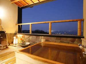 おごと温泉 里湯昔話 雄山荘:特別室:露天風呂からびわ湖の夜景を楽しむ