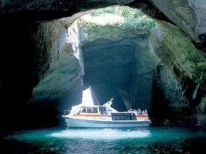 堂ヶ島遊覧船『洞窟巡り』