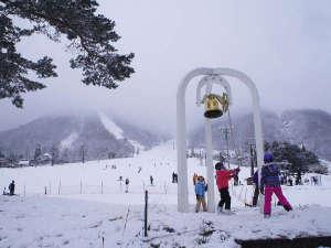 白馬姫川温泉なごみの湯 ホテルアベスト白馬リゾート:豊富な雪と様々なコース、キッズスペースなどがあります