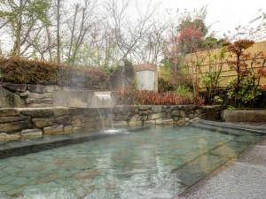 八雲温泉ゆうあい熊野館:*露天風呂/大理石で作った贅沢な浴場です。