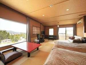【山吹彩】眺めが自慢の展望内風呂付き客室