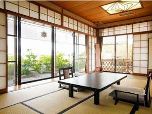 【碧川閣】露天風呂付客室一例。