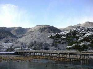 ☆渡月橋と嵐山の雪景色。日本の美しい風景にうっとり☆