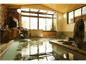 梅ヶ島温泉ホテル梅薫楼:千年の湯は、湯の花が浮かぶしっとりトしたやさしい温泉です!